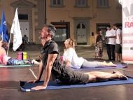 dimostrazione yoga